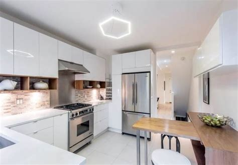 meghan markle s house in toronto now for sale inside meghan markle s stunning toronto home that s now