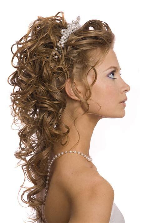 imagenes de peinados y vestidos de novia fotos de peinados para bodas pelo rizado modernos del a 241 o