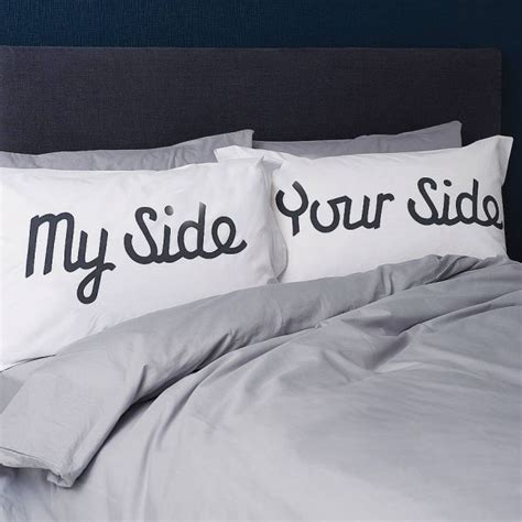 Pillow Talk For Couples by 21 Pillowcase Designs For An Entertaining Bedroom D 233 Cor
