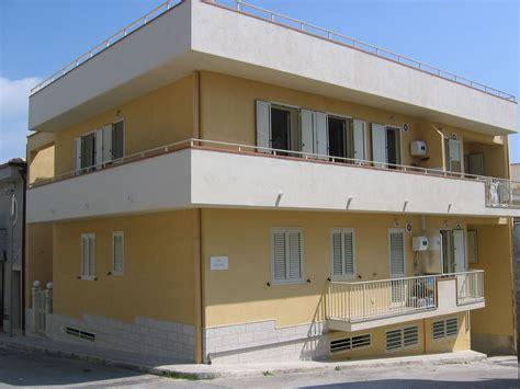 appartamenti mare sicilia affitto affitto appartamento mare pozzallo
