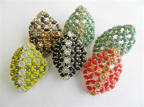 beaded rings free patterns tutorials polygon daisy ring superduo twin beads beading pattern
