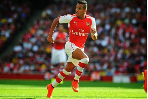 alexis sanchez hd wallpaper alexis sanchez running wallpaper 7419 8861 wallpaper