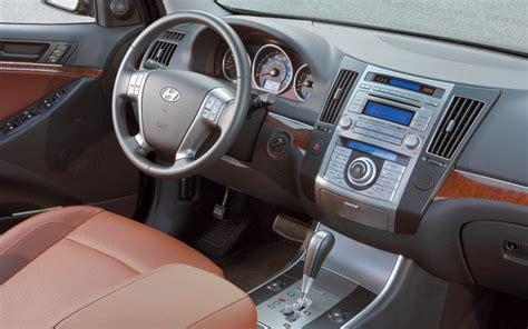 how cars run 2008 hyundai veracruz interior lighting hyundai veracruz vs lexus rx350 comparison motor trend