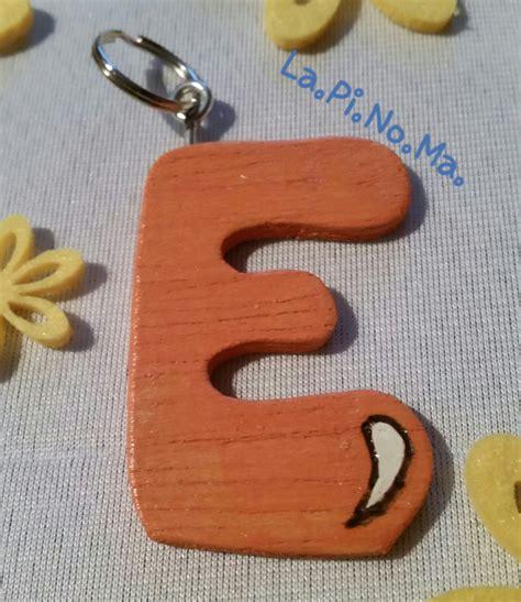 lettere alfabeto in legno portachiavi quot lettere alfabeto quot in legno per la casa e