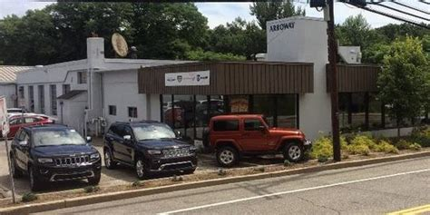 Arroway Jeep Arroway Chrysler Dodge Jeep Ram Car Dealership In Bedford