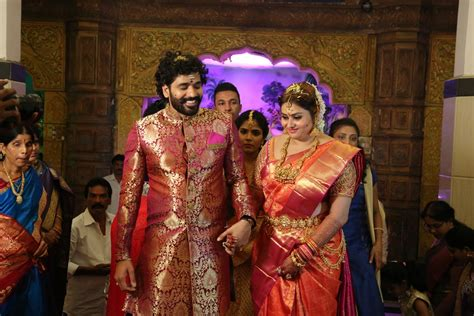Best Marriage Pics by Namitha Wedding Photos Actor And Bigg Tamil