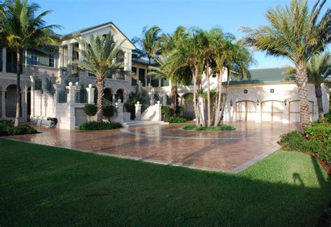 Gourmet Kitchen Island 22 million 17 000 square foot mansion in the bahamas