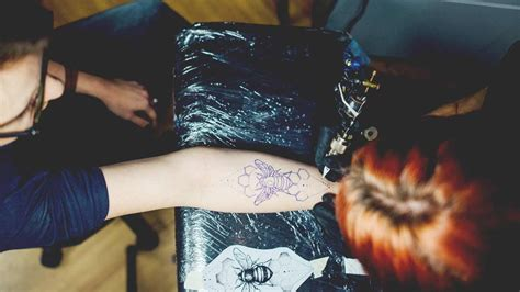 what to expect when getting a tattoo getting a what to expect tips checklist
