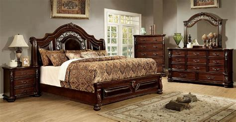 4 Piece Flansreau Traditional Bedroom Set Brown Cherry Bedroom Furniture Set