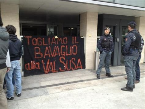 sede la repubblica roma roma occupata la sede di repubblica global project