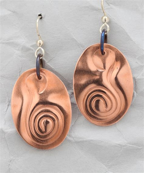 Handmade Copper Jewelry Designs - handcrafted copper curvaceous earrings finely found designs