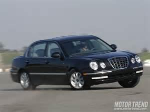 2005 kia amanti sedan front right photo 26