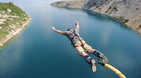 push your comfort zone break the monotony of life push yourself out of your