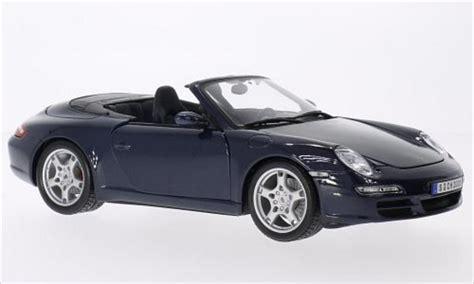 Diecast Miniatur Replika Mobil Porsche 911997 S Coupe porsche 997 s cabriolet metallic dunkelblue maisto