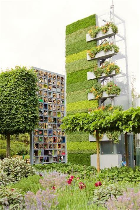 Vertical Garden Architecture 40 Most Beautiful Vertical Gardens Designbump