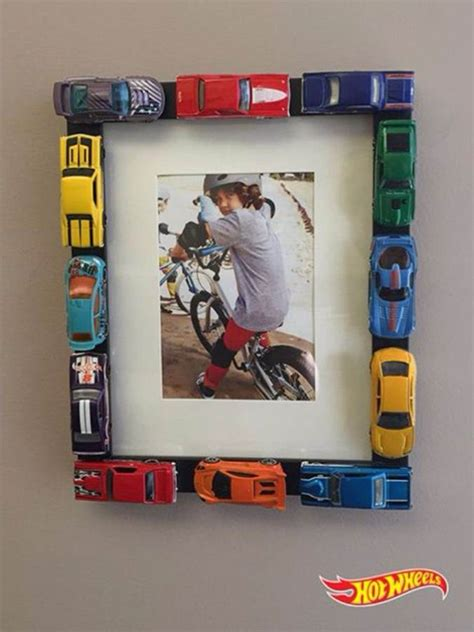 Crafts Decorating Picture Frames