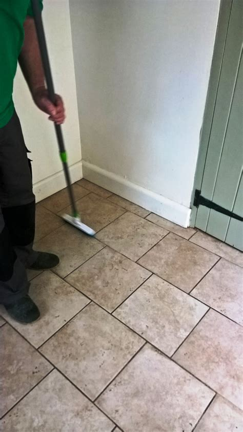 Cleaning Grout Lines Ceramic Tiles And Grout Lines Rejuvenated In A Westmancote Hallway Gloucester Tile Doctor