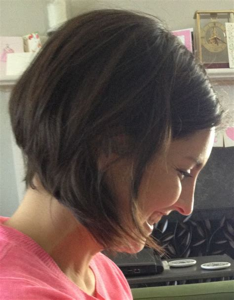 behind the ear bob haircuts behind the ear bob haircut hairstylegalleries com