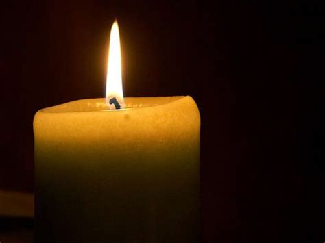 Light A Candle On 4th August by Frasi Citazioni E Aforismi Sulla Candela Aforisticamente