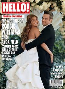 Robbie Williams's official wedding picture with bride Ayda