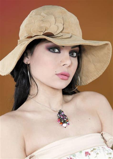 Baju Lovely Top Aj haifa wehbe in new year 2014 auto design tech