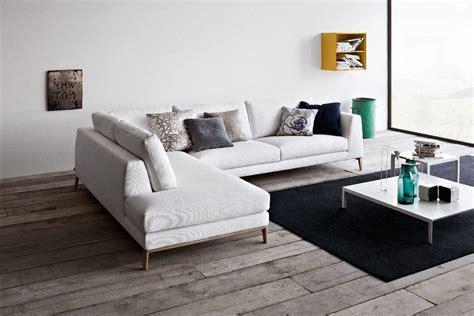 contemporary sectional sleeper sofa contemporary sleeper sofa talentneeds com