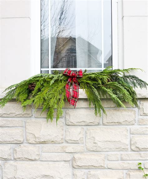 a garland hack and how to make and hang window christmas swag