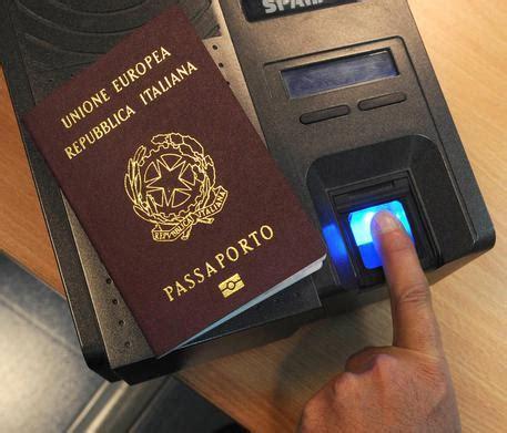 consolato italiano a londra passaporti liberamenteuropa consolato di londra servizio telefonico