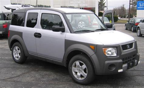 books about how cars work 2006 honda element security system image 2004 honda element jpg pixar wiki fandom powered by wikia