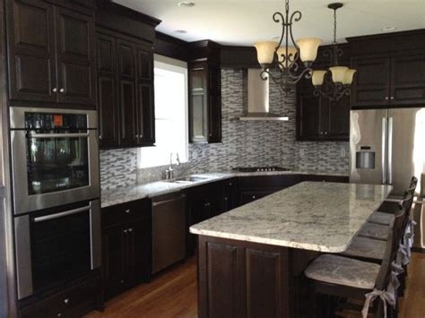 white ice granite with white cabinets 17 best images about kitchens on pinterest