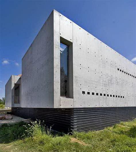 desain eksterior dinding rumah memilih material yang tepat untuk membangun tembok luar