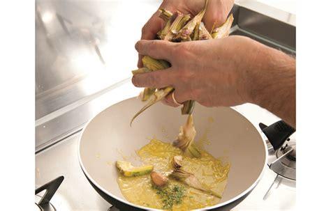 cucinare carciofi in padella ricetta carciofi in padella le ricette de la cucina italiana