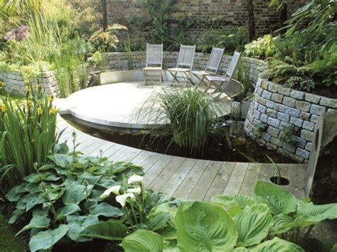 terrasse mit teich terrasse mit teich holz terrasse seerosen