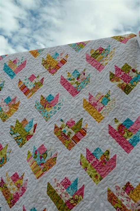 christine s favorite things a tulip quilt for julianna