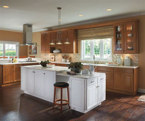 diamond cabinetry from lowes los angeles by lowe s diamond cabinetry from lowes los angeles di lowe s
