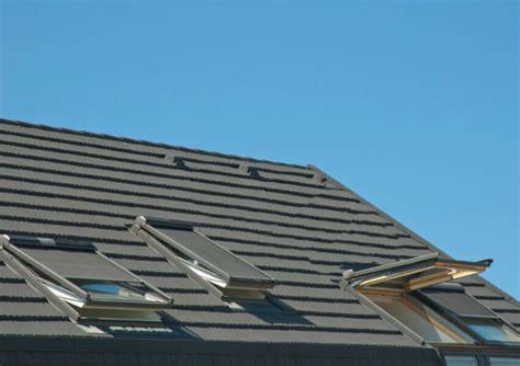 Dachfenster Mit Rolladen by Dachfenster Rolladen 187 Dachfenster Mit Rolladen G 252 Nstig Kaufen
