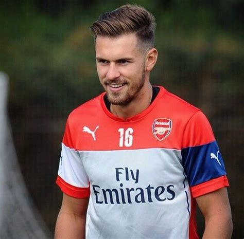 aaron ramsey hairstyle 2014 aaron ramsey arsenal london soccer player hair wales
