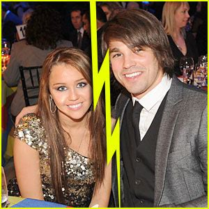Justin Confirms Split by 2009 June Just Jared Page 75