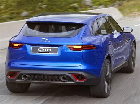 jaguar jeep 2017 price gran debutto per la f pace il primo suv della jaguar