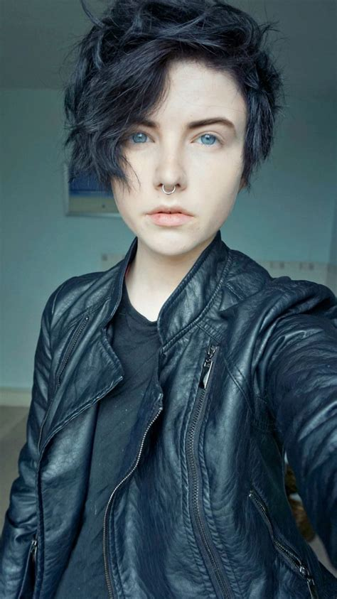 tomboy hairstyle 25 best ideas about androgynous hair on pinterest