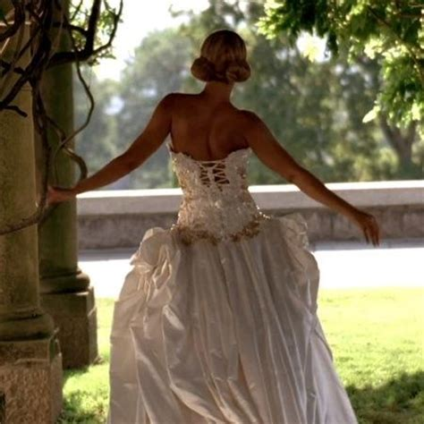 beyonce video wedding dress wear beyonce s wedding dress at your wedding paperblog