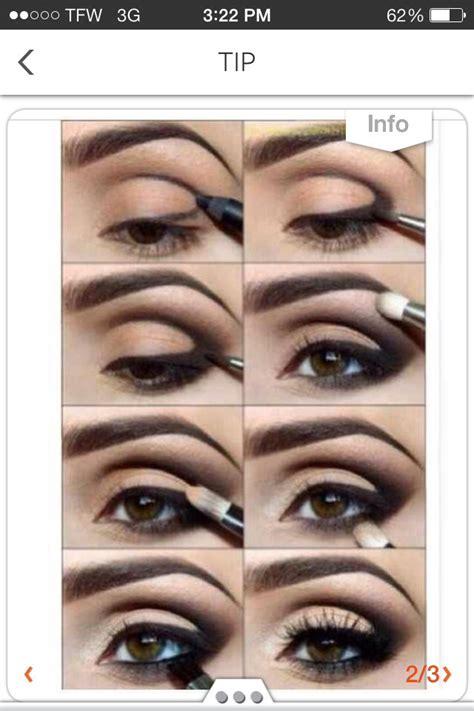 10 Smokey Eye Tips by 150 Likes