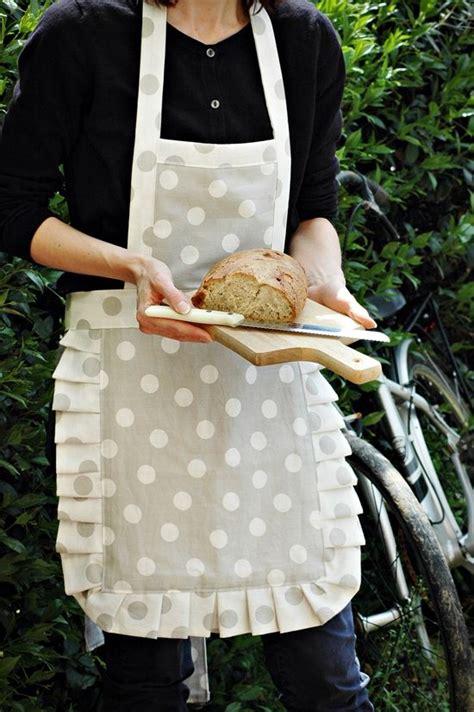 modelli grembiuli da cucina oltre 1000 idee su cucire grembiuli su