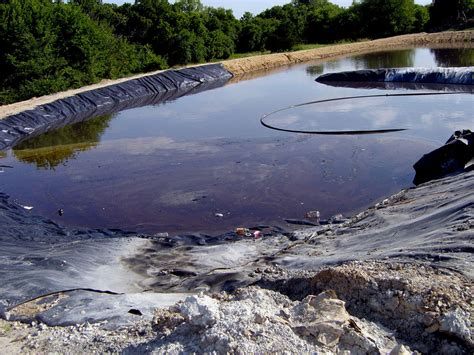 new report says federal cleanup program wasting away grist states fail to properly manage fracking waste says