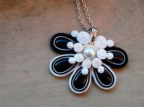 Pendant Bros Bulu Merak Embroidery soutache necklace black white soutache by