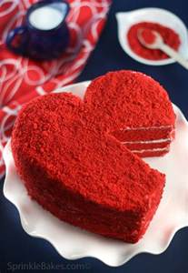 roter kuchen heritage velvet cake sprinkle bakes