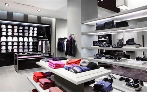 the lowest cost clothing store insurance