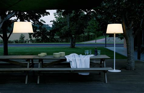 illuminazione outdoor plis outdoor vibia