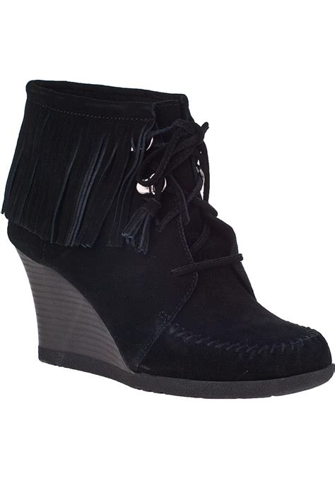 minnetonka lace up fringe ankle boot black suede in black