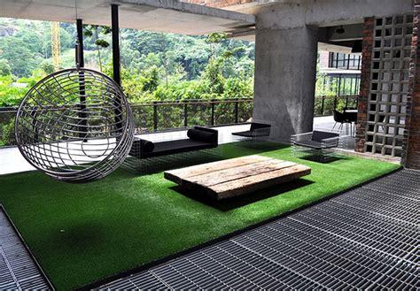prato artificiale terrazzo tappeto erba sintetica ikea semplice e comfort in una